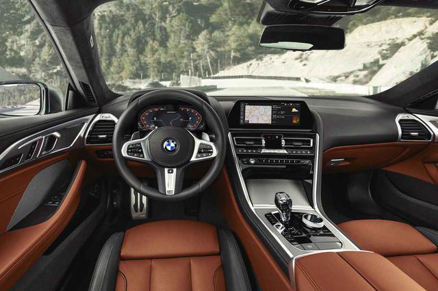 画像: BMW 840iはクーペとカブリオレに設定される。写真では左ハンドルだが、日本導入モデルはすべて右ハンドルとなる。