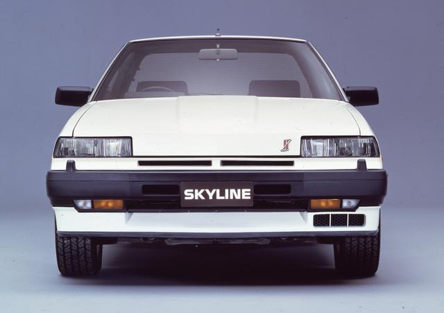 画像: 1984年2月、ついに当時の2L車最強のスペックを誇る最終バージョンが登場。通称「RSターボC」と呼ばれ、最高速は実測で207.79km/hを記録した(モーターマガジン誌)。バンパー下の向かって右側にあるのがインタークーラー用のダクトだ。