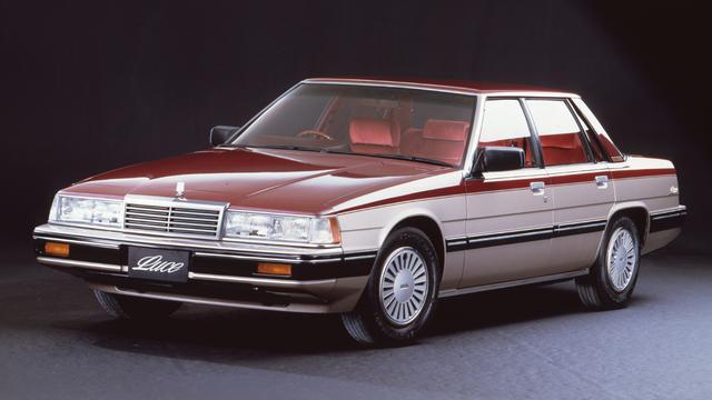 画像: 1981年9月発売のルーチェと同年10月に発売されたコスモはシャシ・コンポーネンツを共用する兄弟車だった。1983年10月のマイナーチェンジで、ともに13B-SIを搭載するリミテッドが登場した(写真はルーチェ4ドアHT RE-SIリミテッド)。