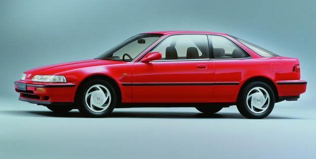 画像: 1989年4月、リッター100psを達成したB16A型DOHCを搭載したインテグラ(写真はXSi)がデビューした。