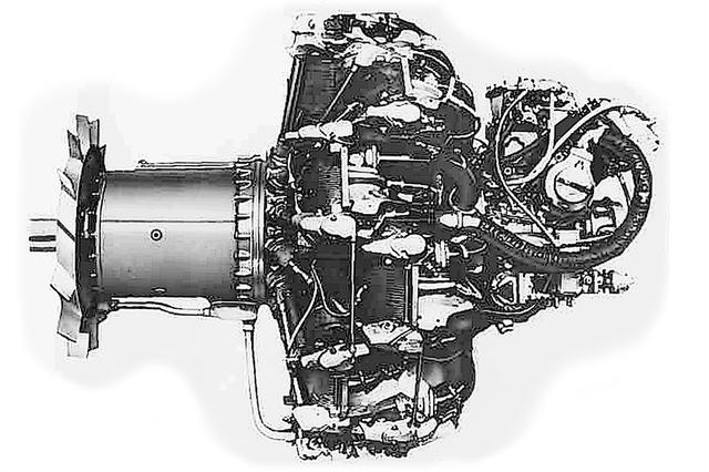 画像: 熟成度も信頼性も高かった火星23型甲。雷電の機首は空力特性向上のため絞ってある。これに合わせ、プロペラシャフト(左端)が大きく延長され、先端部に強制冷却ファンが追加された。