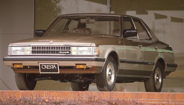 画像: ラージマイナーチェンジしてGX60型となった初代クレスタ。セリカXXとともに初の1G-GEU型搭載車となった。