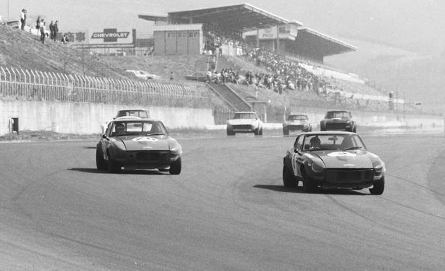 画像: L型エンジン搭載車は、国内外のレース、ラリーで大活躍した。日産ワークスのメカニックと街のチューナーが育てたのがL型だ。