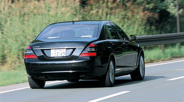 画像: 「最もSらしいS」と言えるS500はロングボディとショートボディの両方が選べる。試乗車はロングボディ。
