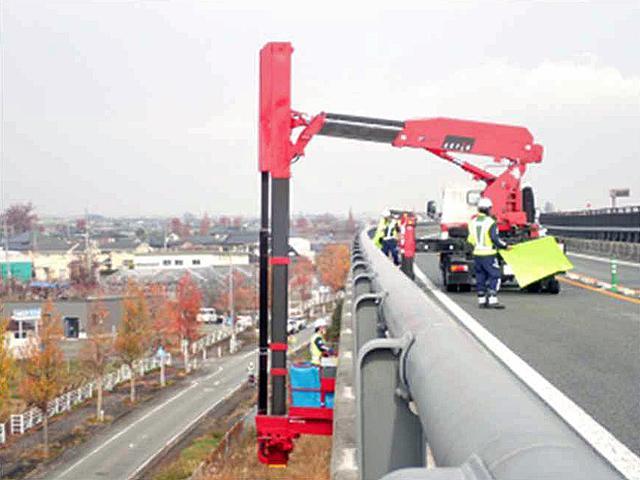 画像: 橋梁点検状況のイメージ。
