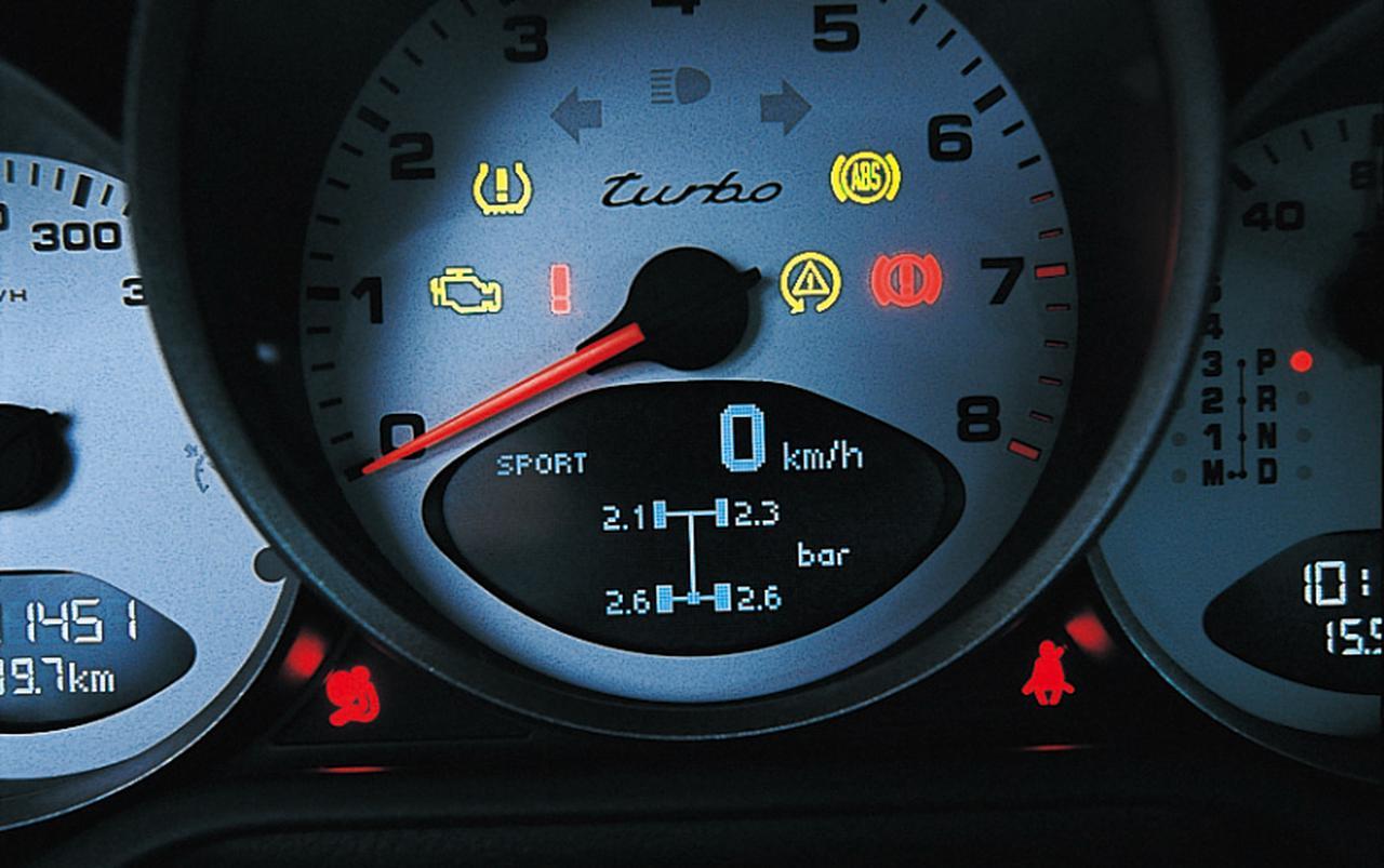 Images : 13番目の画像 - BMW 335iクーペとポルシェ911ターボ - Webモーターマガジン