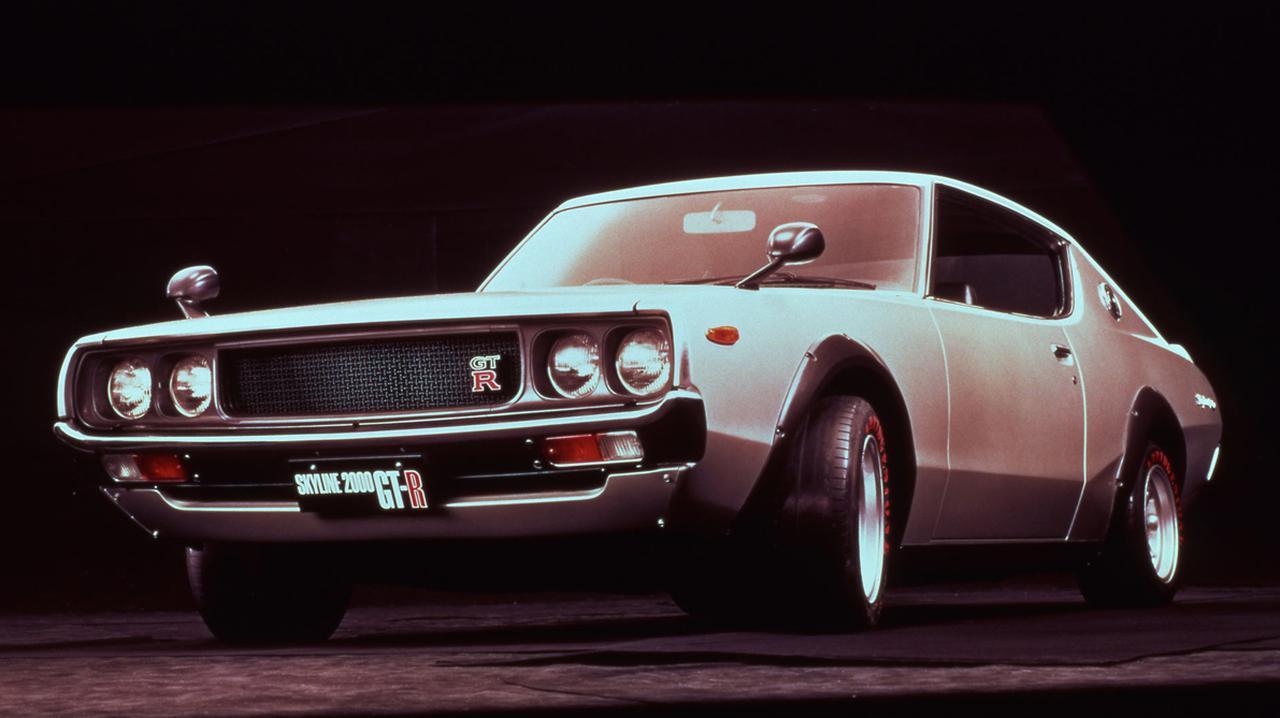 画像: 1973年1月に登場したKPGC110型2代目GT-R。S20型エンジンの基本仕様やスペックは初代と同じだが、エアインテークやエキマニの形状が異なる。生産台数は197台(※諸説有り)とごくわずかだ。