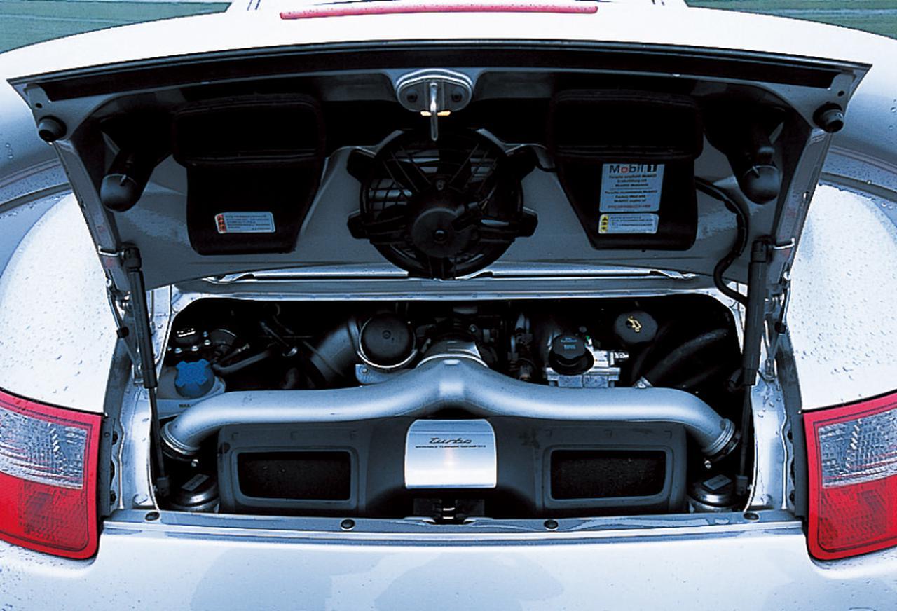 Images : 10番目の画像 - BMW 335iクーペとポルシェ911ターボ - Webモーターマガジン