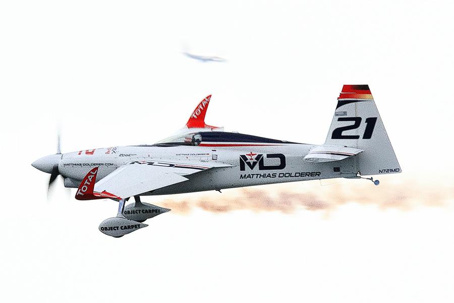 Images : 7番目の画像 - モンスターマシン 017 エアレースの機体 - Webモーターマガジン