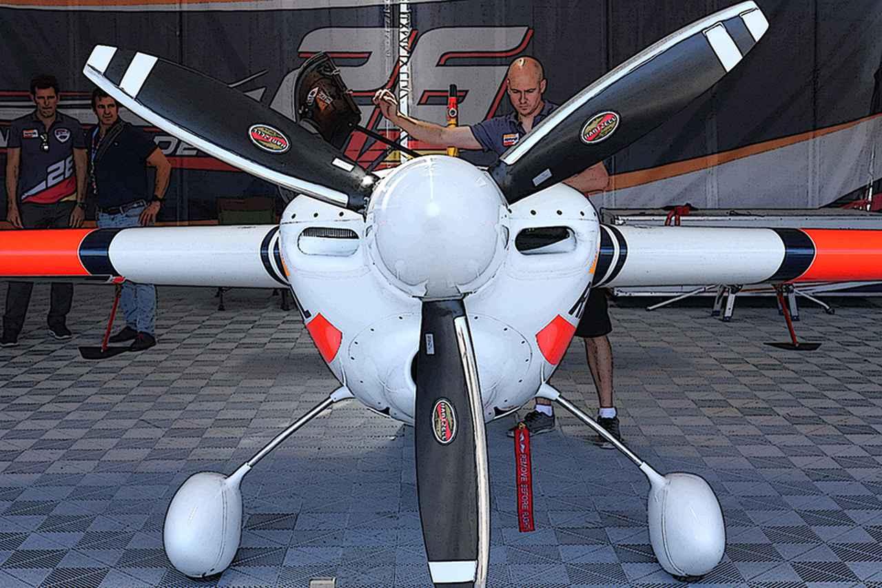 Images : 3番目の画像 - モンスターマシン 017 エアレースの機体 - Webモーターマガジン
