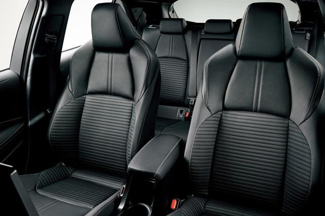 画像: 特別仕様車カローラスポーツ G スタイルパッケージのシート。シート表皮はレザテックと合成皮革による。