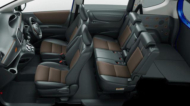 画像: 今回の一部改良で追加されたファンベース Gクエロの内装。合成皮革とスエード調表皮のシートを装備している。乗車定員は5人。