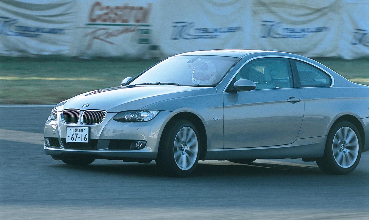 Images : 2番目の画像 - BMW 335i クーぺ、130i Mスポーツ、Z4 Mクーペ - LAWRENCE - Motorcycle x Cars + α = Your Life.