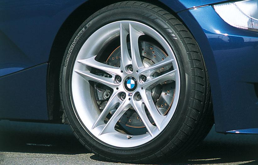 Images : 24番目の画像 - BMW 335i クーぺ、130i Mスポーツ、Z4 Mクーペ - LAWRENCE - Motorcycle x Cars + α = Your Life.