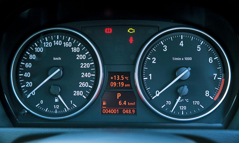 Images : 5番目の画像 - BMW 335i クーぺ、130i Mスポーツ、Z4 Mクーペ - LAWRENCE - Motorcycle x Cars + α = Your Life.