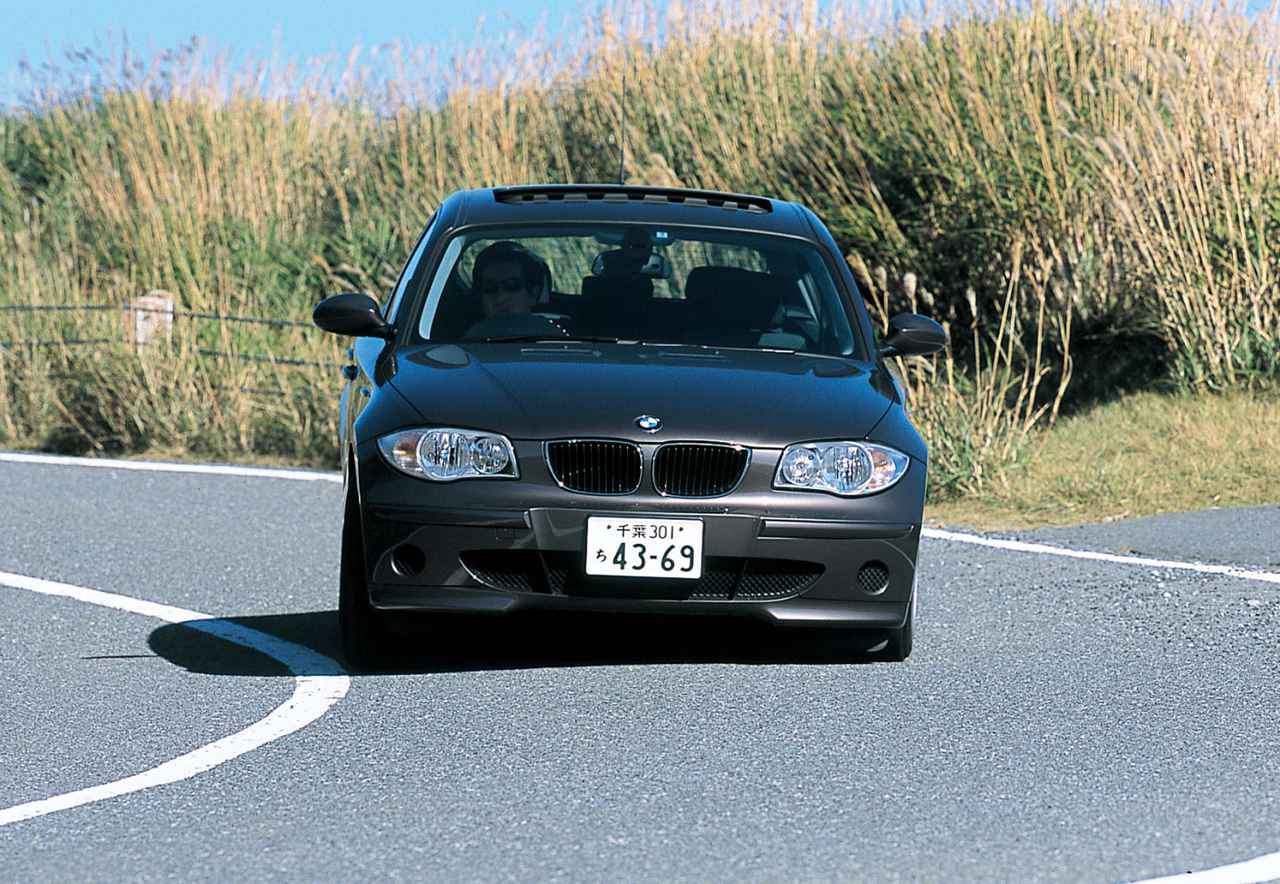 Images : 2番目の画像 - BMW 1シリーズ 116i、118i、120i - LAWRENCE - Motorcycle x Cars + α = Your Life.