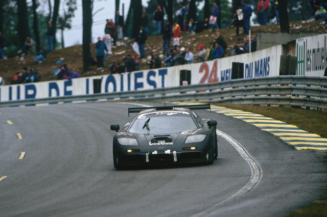 画像: 1995年のル・マン24時間耐久レースを制覇したマクラーレンF1 GTRの59号車(JJ・レート/ヤニック・ダルマス/関谷正徳)。