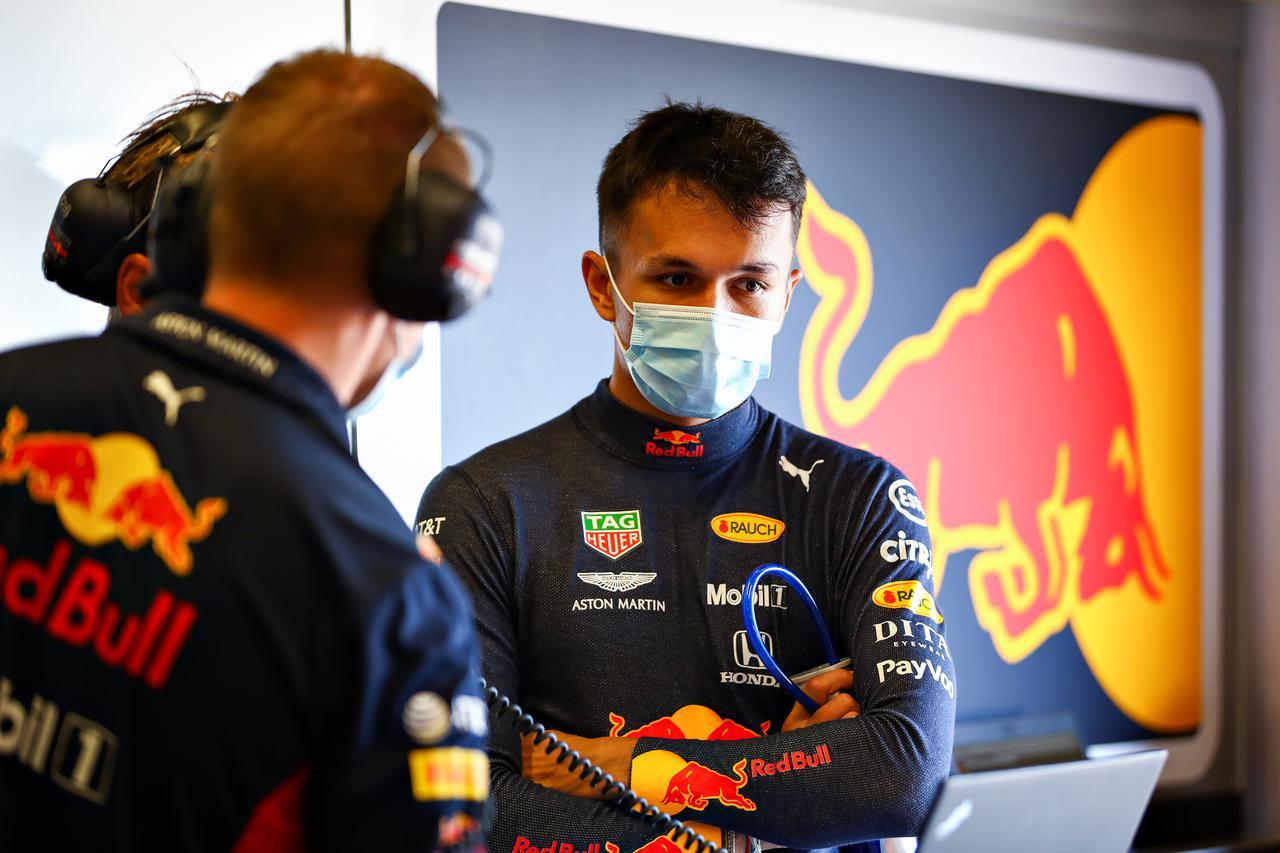 画像: 23 アレクサンダー・アルボン(レッドブル・ホンダ、国籍タイ、1996年3月23日ロンドン生まれ、23歳、最高位4位フィニッシュ、2019年ドライバーズランキング8位)