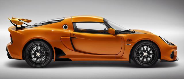 画像: ボディ同色のルーフ/サイドエアインテーク/リアウイングは限定車専用アイテム。