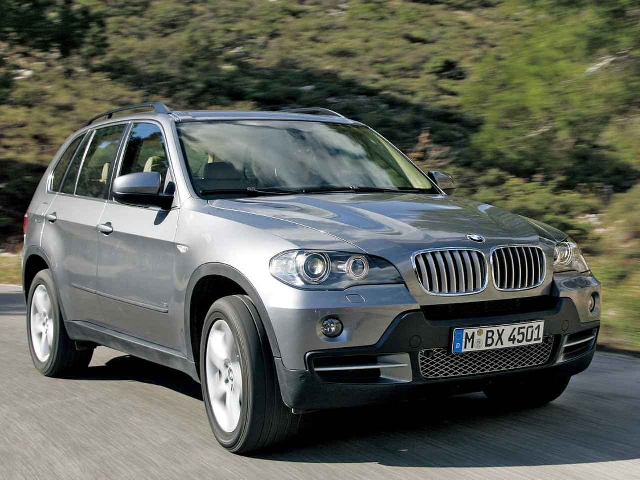 Images : 1番目の画像 - BMW X5  4.8i - Webモーターマガジン