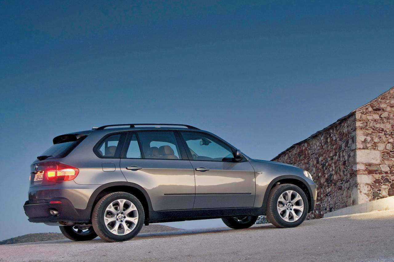 Images : 2番目の画像 - BMW X5  4.8i - Webモーターマガジン