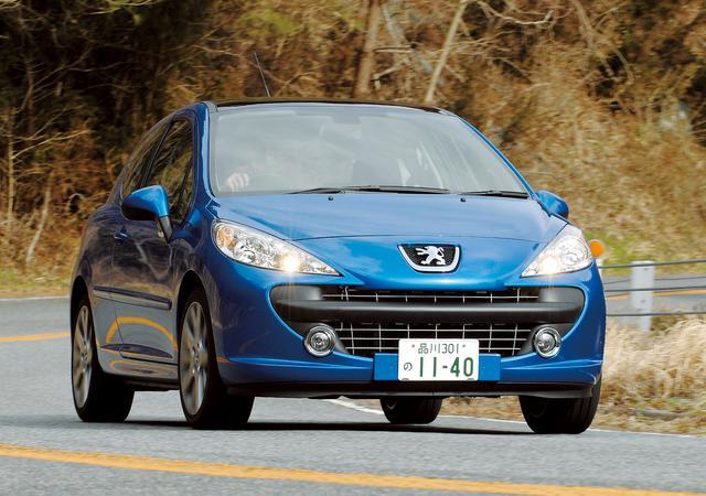 画像: 2007年3月に日本に登場したプジョー207。ワールドプレミアは2006年のジュネーブオートサロン。