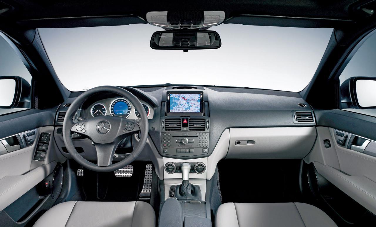 Images : 13番目の画像 - Cクラスのライバル_BMW3シリーズ、アウディA4、アルファ159 - LAWRENCE - Motorcycle x Cars + α = Your Life.