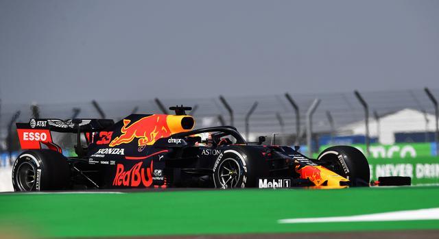 画像: ハードタイヤでスタートしてレースをコントロール。その後、ソフト-ハードと繋いで、メルセデスAMGを圧倒したレッドブル・ホンダのマックス・フェルスタッペン。