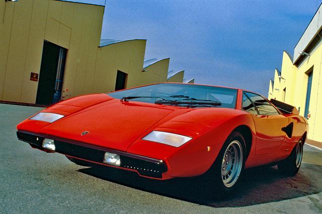 画像: カウンタックは、すべてが自動車の常識を覆す新規なアイディアで作られた。