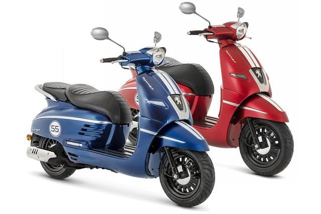 画像: ジャンゴ 125/150スポーツ ABS。ボディカラーは左:ディープオーシャンブルー、右:サテンチェリーレッド。
