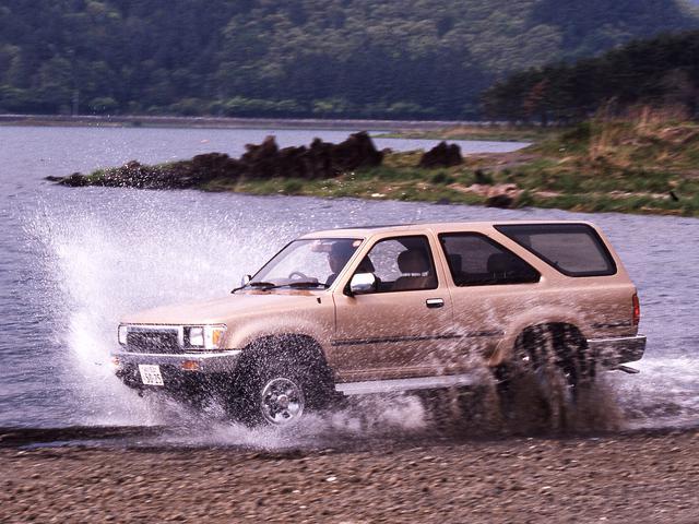 画像: 走行中でも2WDと 4WD切り替えを可能にしたADD(オートマティック ディスコネクティング ディファレンシャル)を搭載。
