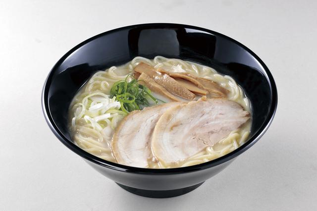 画像: 東京の人気店が監修した「麺や福十八 鶏白湯らあめん」(880円)。
