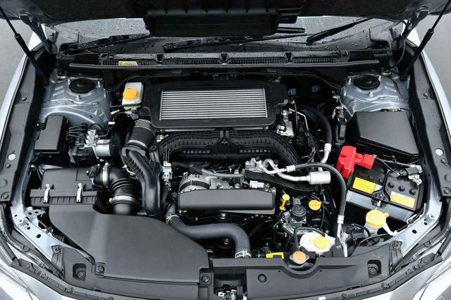 画像: エンジンは全グレード共通。新開発された1.8L 水平対向4気筒直噴ターボで、エンジン型式はCB18となる。