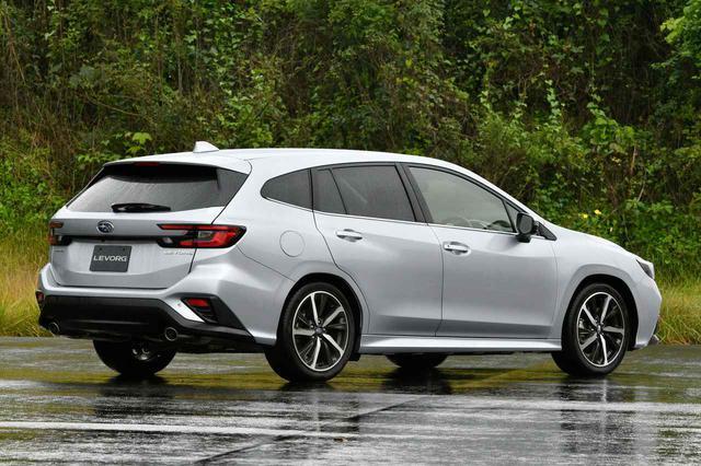 画像: 新型レヴォーグのGT-Hグレードは装備を充実化させたアッパーグレード。タイヤは225/45R18サイズを装着する。