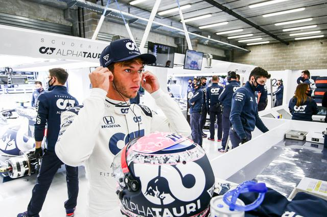 画像: ピエール・ガスリー(アルファタウリ・ホンダ) 予選12位、決勝8位。全ドライバーの中でただひとりハードタイヤでレースをスタート。11周目でのセーフティカー導入は想定外だったが、それでも終盤ミディアムに履き替えて8位でフィニッシュした。