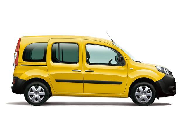 画像: 専用ボディカラーの「ジョン ラ・ポスト(フランス郵便の黄色)」が車名となっている。