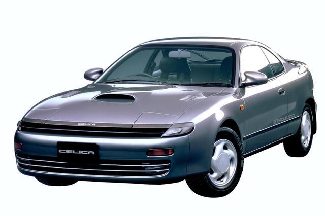 画像: 写真はST185型セリカ GT-FOURの前期モデルで全幅は1690mm。1991年8月のマイナーチェンジで、「GT-FOUR」グレードはすべてワイドボディ(1745mm)に統一された。