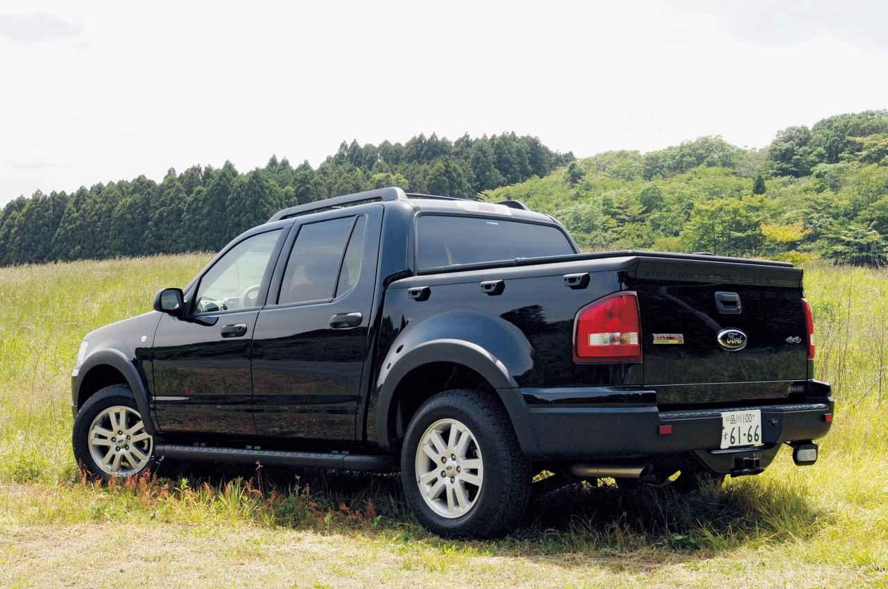 画像: ベースはSUVのエクスプローラー。スポーツトラックの綴りは「SPORT TRAC」で、「SPORT TRUCK」ではない。