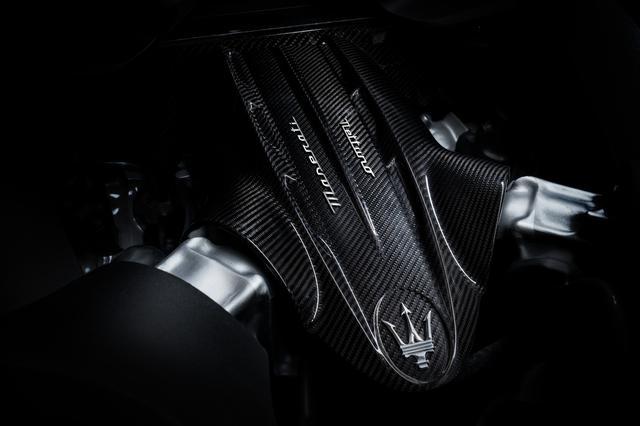 画像: 「ネットゥーノ」と名づけられた完全自社製の新開発3L V6ツインターボエンジン。最高出力630ps、最大トルク730Nmを発生。