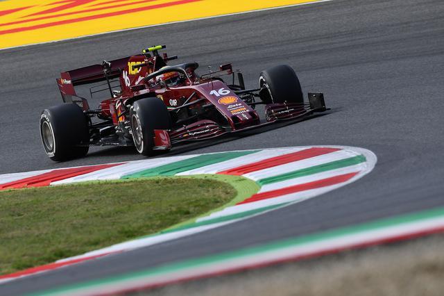画像: 予選5番手に飛び込んだシャルル・ルクレール。「フェラーリ1000グランプリ」という記念すべきレースでチームの面目を保った。マシンのカラーはこのグランプリのための特別なもの。