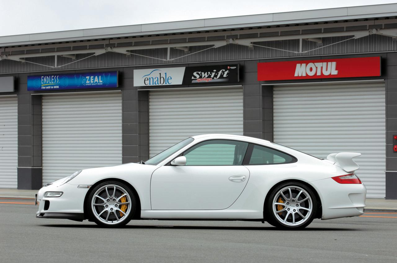 Images : 3番目の画像 - 997型ポルシェ911GT3 - LAWRENCE - Motorcycle x Cars + α = Your Life.