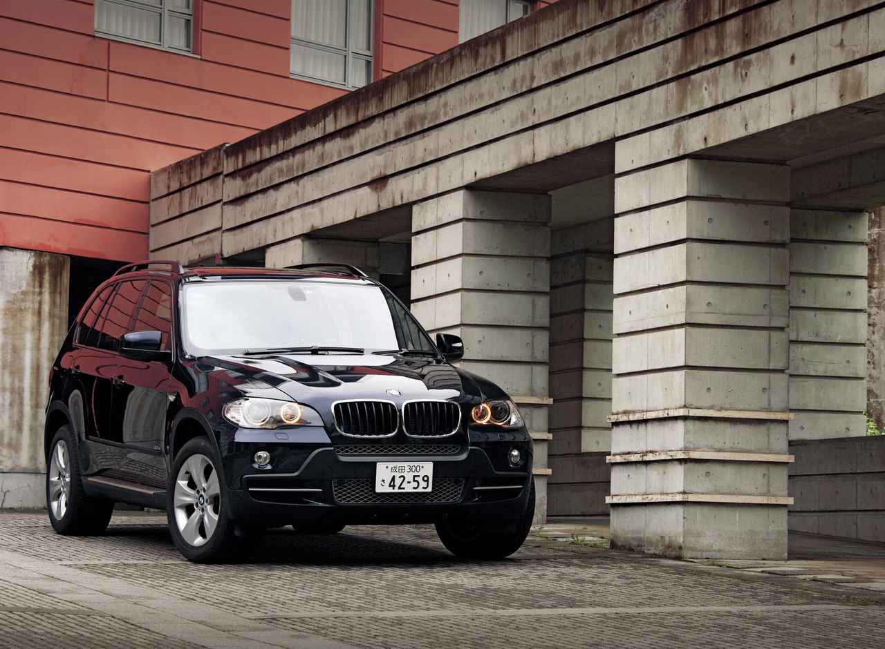 Images : 1番目の画像 - BMW X5 - LAWRENCE - Motorcycle x Cars + α = Your Life.