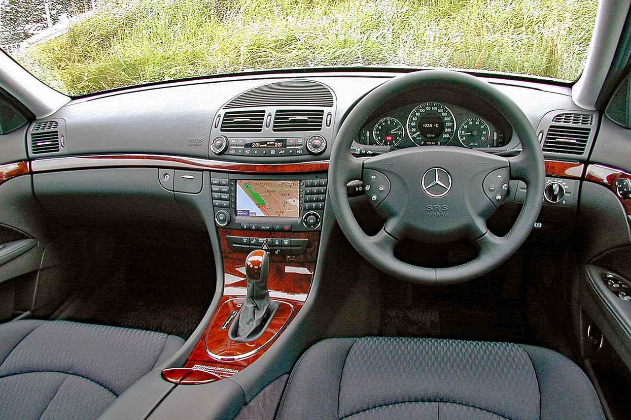 Images : 6番目の画像 - メルセデス・ベンツ E240 - Webモーターマガジン