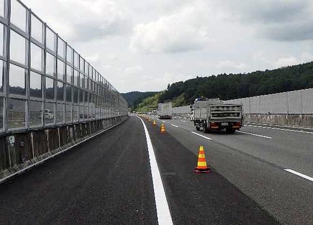 画像: 3車線化が完成した橋梁部