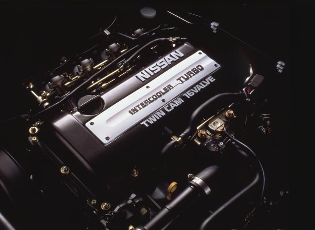 画像: MCで1.8Lから2.0Lへと排気量がアップした。シルビアと同じエンジンが搭載される。