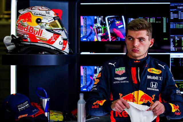 画像: 予選3番手のマックス・フェルスタッペン(レッドブル・ホンダ)。メルセデスAMGとタイヤ戦略が異なるところに注目が集まる。