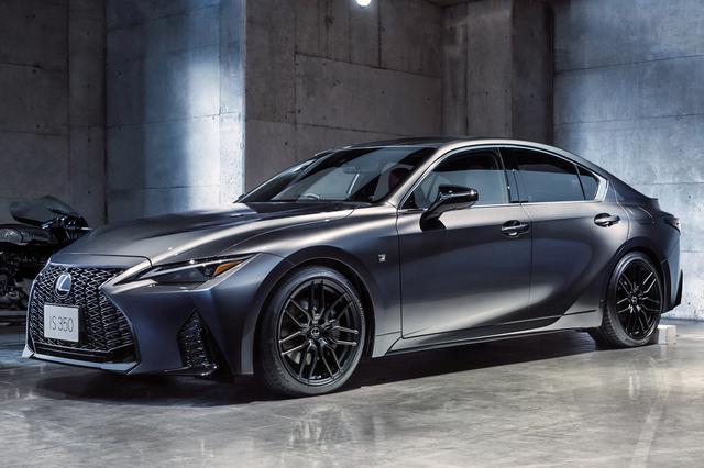 画像: 専用のアルミホイールやブラックを基調としたカラーコーディネートを採用した特別仕様車「Fスポーツ モデルブラック」。