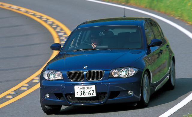 画像: 2005年4月に登場した130i Mスポーツ。4気筒モデルだけだった5ドアハッチバックモデルに、6気筒の130iが登場した時の衝撃は大きかった。