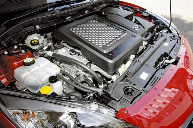 画像: 従来型と同じ2.3Lの直4ターボは264psと38.7kgmを発生しながら、10・15モード燃費11.0km/Lも達成している。