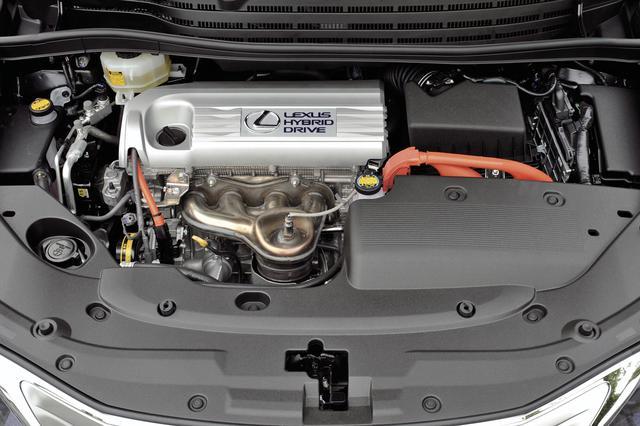 画像: ハイブリッドシステムは、北米などで販売されているカムリ ハイブリッドと共通のものを搭載している。